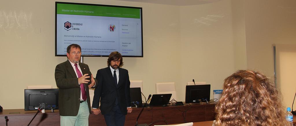 Rafael Moreno y Guillermo Molina presentando el máster