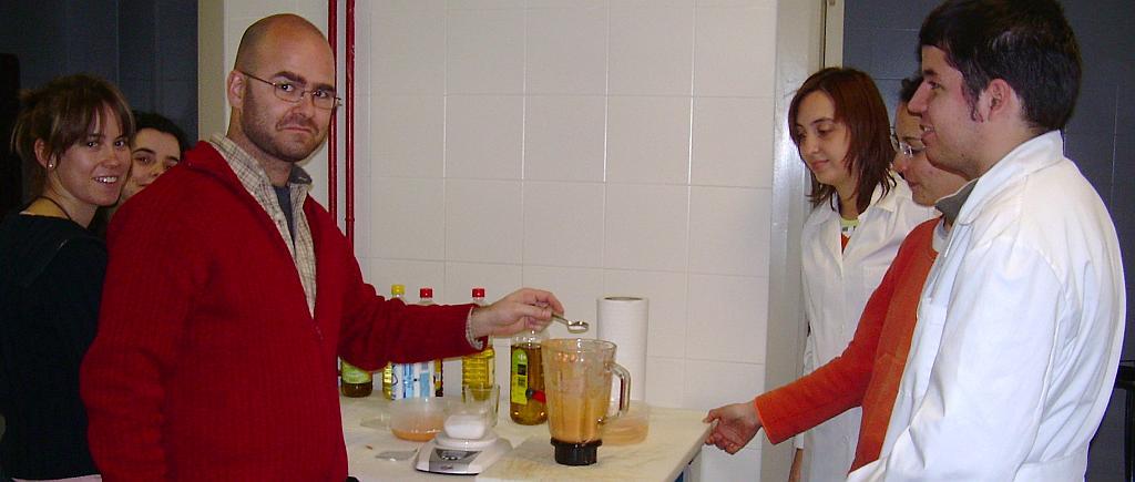 Elaborando salmorejo 2007
